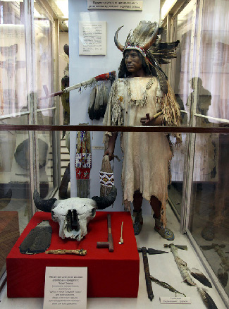 worship-items-of-american-indians-at-the-kunstkammer-in-st-petersburg